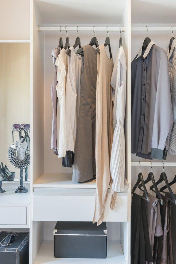 begehbarer kleiderschrank ideen zum diy bauen. Black Bedroom Furniture Sets. Home Design Ideas