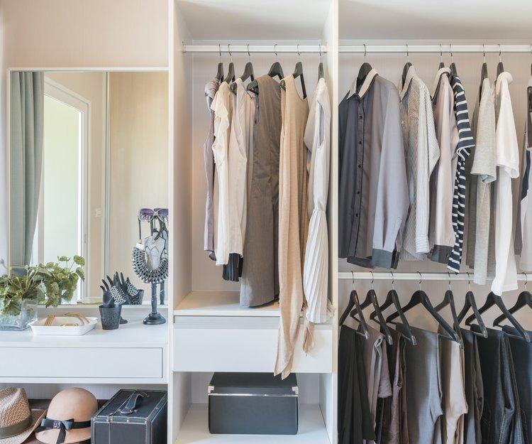 Ordnung im Kleiderschrank: Richtig Einräumen ist das halbe ...
