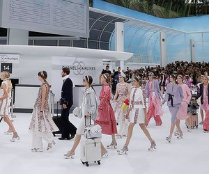 Check-in Chanel: Auf modischer Weltreise mit Chanel Airlines