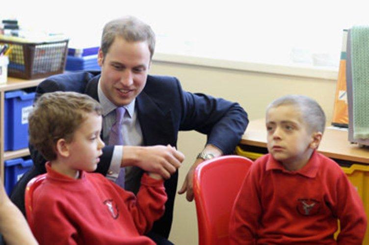 Prinz William feiert 2011 Hochzeit mit Kate Middleton