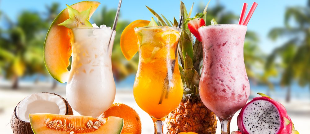 Sieh dir hier an, welcher Cocktail perfekt zu deinem Sternzeichen passt. Wir liefern dir das leckerste Rezept direkt mit. Cheers!