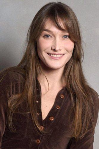 Carla Bruni mit langen Haaren