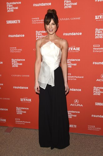 PARK CITY, UT - JANUARY 23: Actress Kate Beckinsale attends the 'Love & Friendship' Premiere during the 2016 Sundance Film Festival at Eccles Center Theatre on January 23, 2016 in Park City, Utah. (Photo by Jason Merritt/Getty Images for Sundance Film Festival)