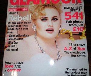 Rebel Wilson ziert ihr erstes Cover