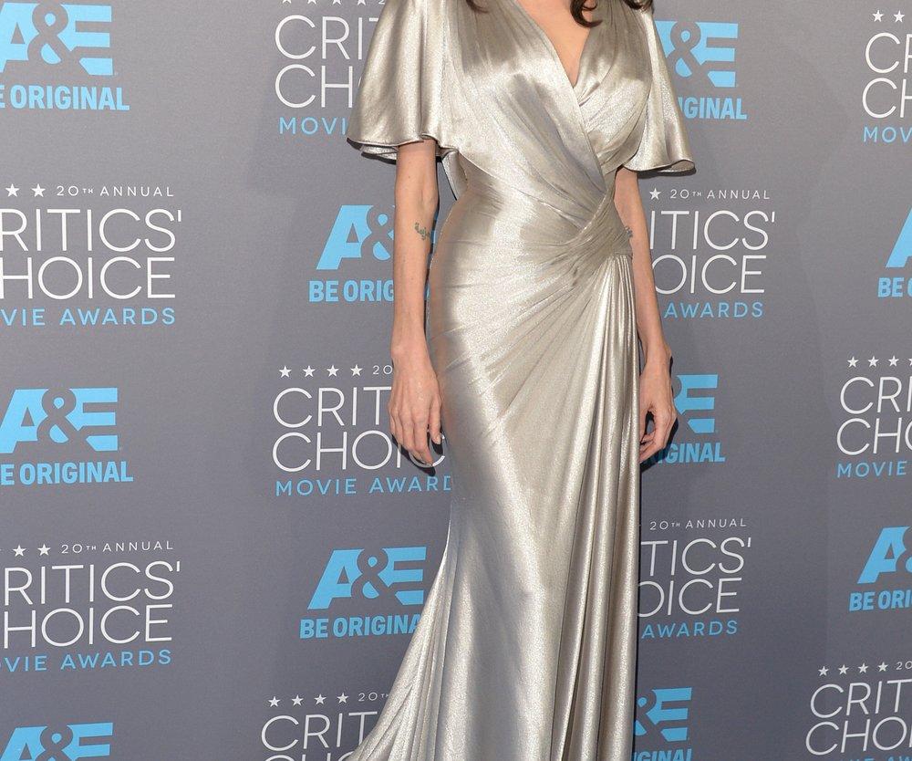 Angelina Jolie hat sich die Eierstöcke entfernen lassen