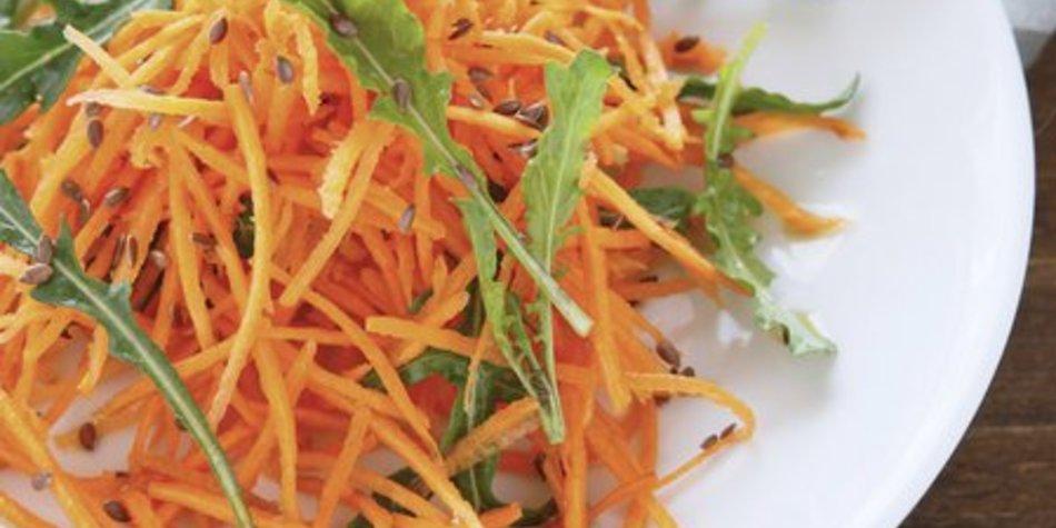 Karottensalat roh