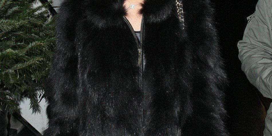 Lindsay Lohan sperrt sich wegen Sexszene im Schrank ein