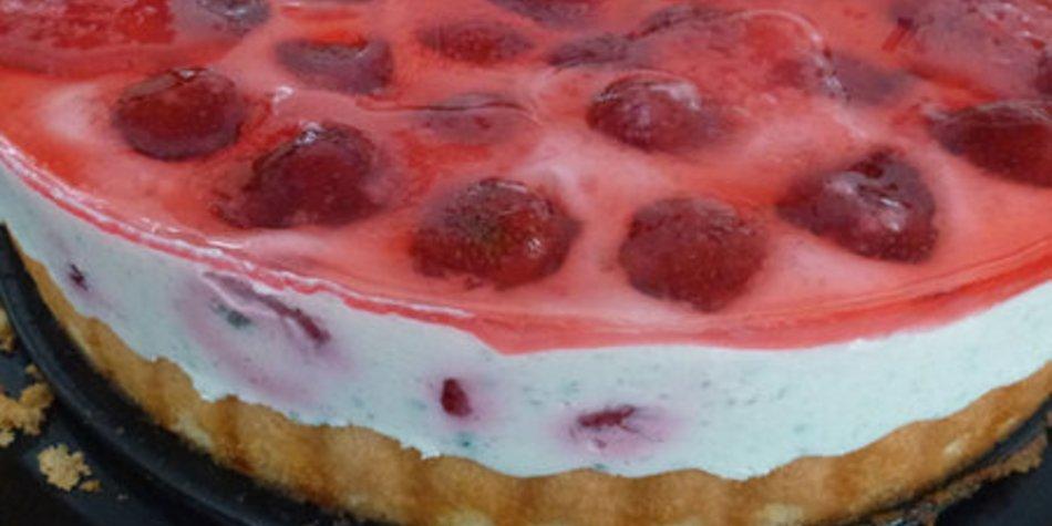 Erdbeer-Waldmeister-Torte