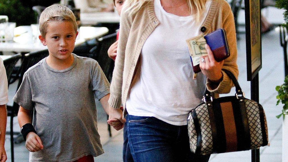 Reese Witherspoon feiert in Disneyland