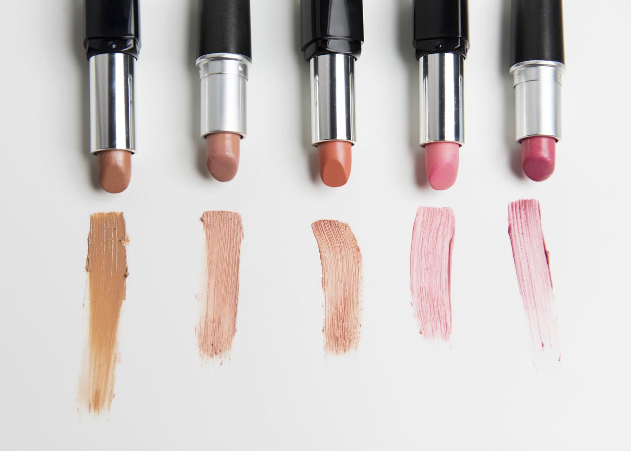 lippenstift selber machen: so einfach geht's! | desired.de
