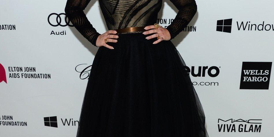 Kelly Osbourne: Frustfuttern gegen Liebeskummer?