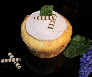 Weiße Schoko-Himbeer-Cupcakes