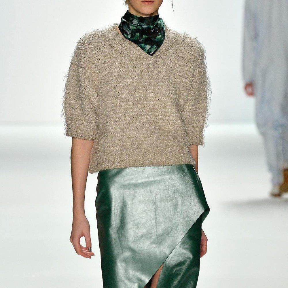 Berlin Fashion Week: Malaikaraiss überzeugt mit Farben und Schnitten