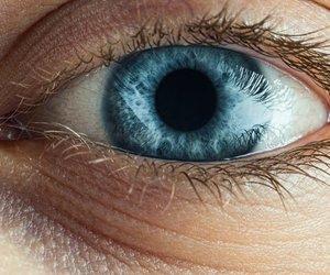 Blaue Augenringe