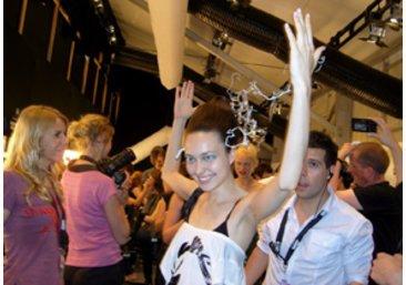 Ein Model von scherer Gonzalez bei der Fashion Week