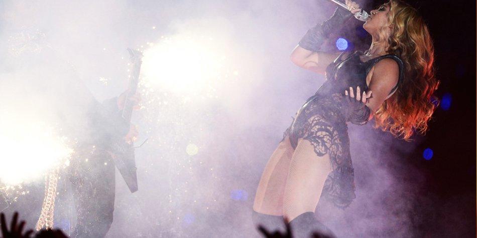 Beim Super Bowl legte Superstar Beyoncé Knowles einen fulminanten Auftritt hin.