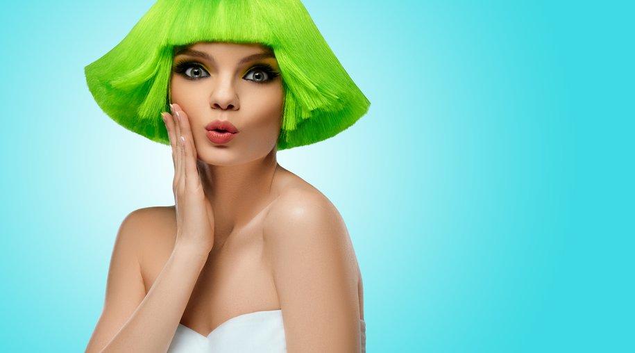 glow-in-the-dark-hair-haartrend-frisurentrend.jpg