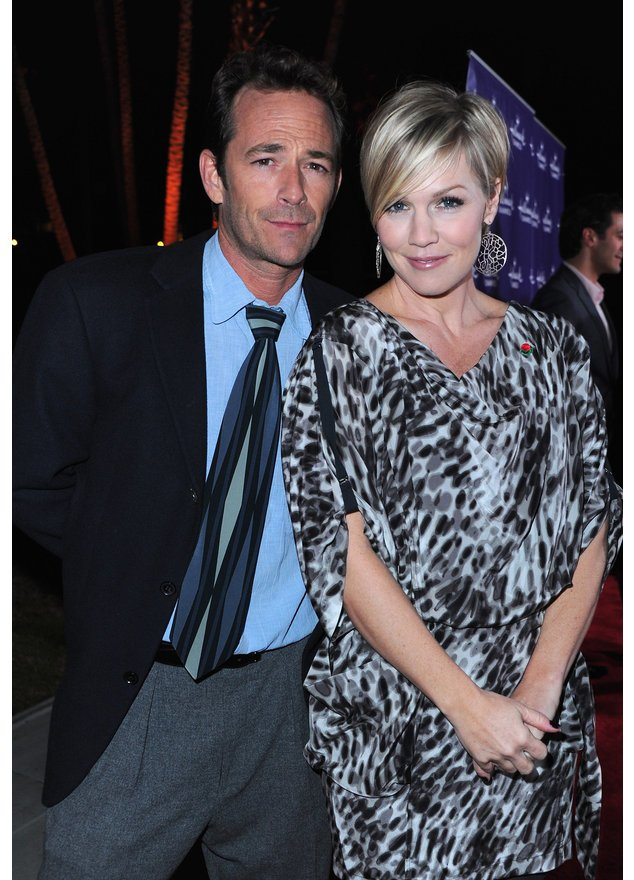 Jennie Garth und Luke Perry bei der Hallmark Channel`s TCA Winter Tour Evening Gala 2011.