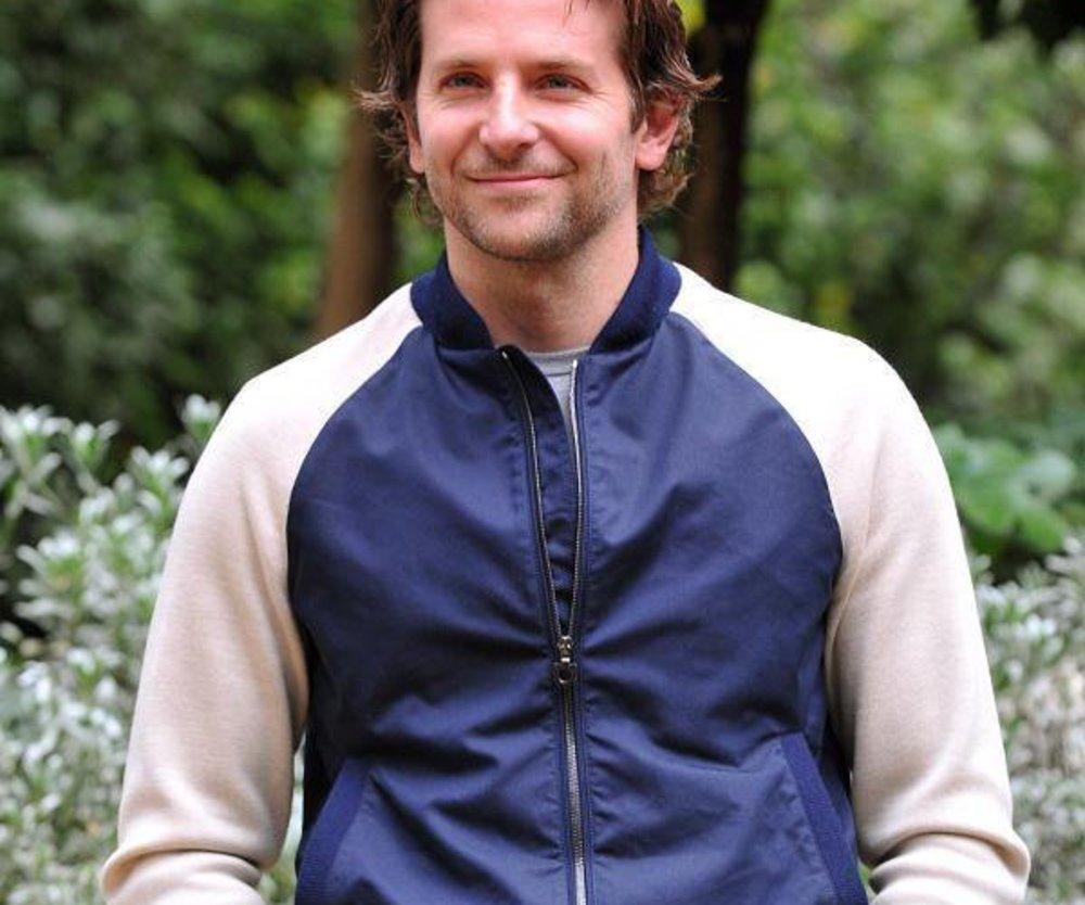 Hat Bradley Cooper einen Fußfetisch?