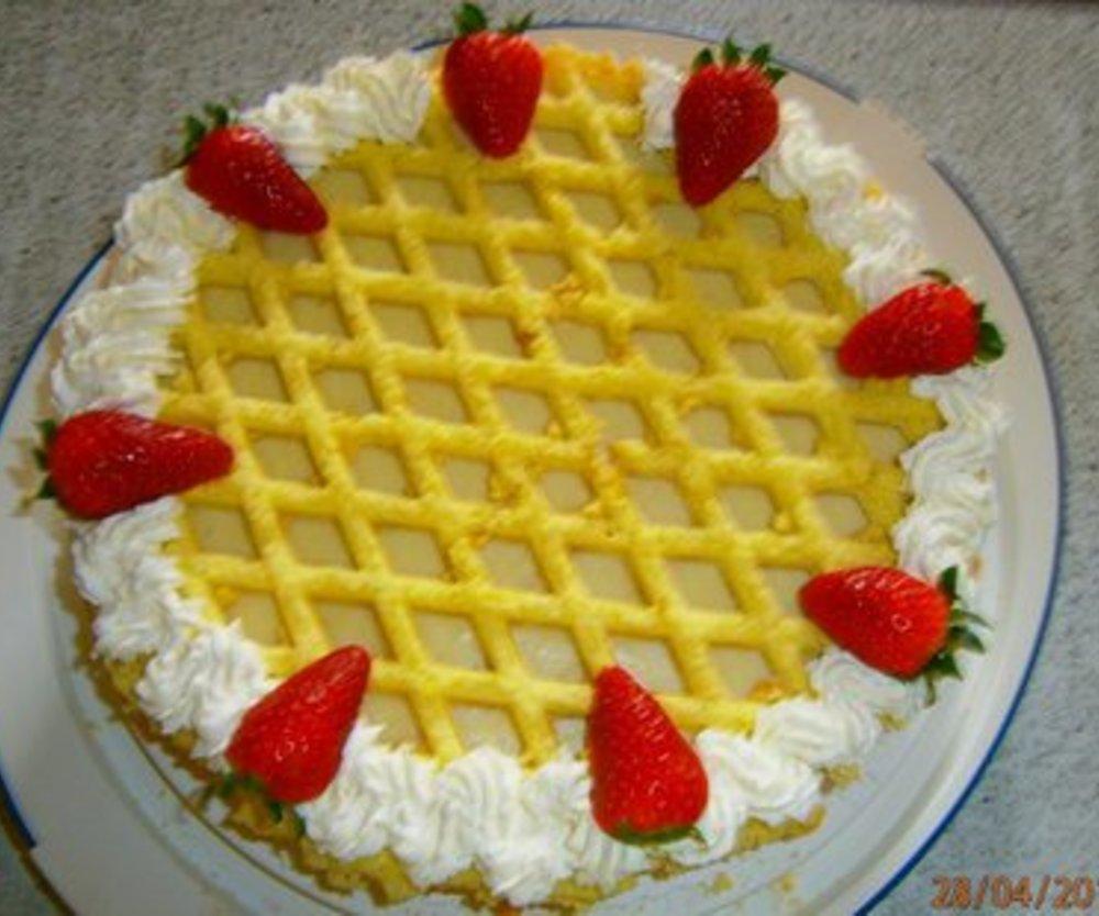 Erdbeer-Rhabarbertorte