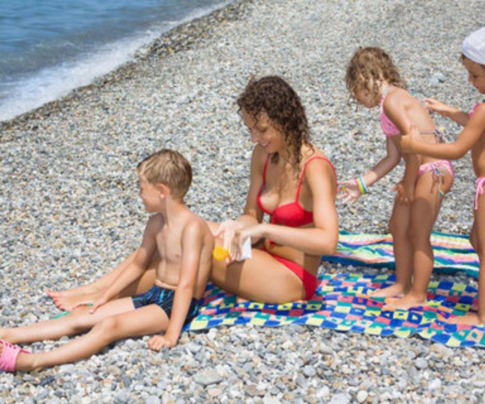 Sonnenbrand gefährlich für Kinder