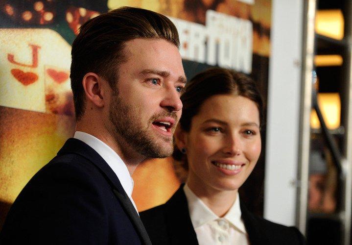 Justin Timberlake und Jessica Biel ganz vertraut