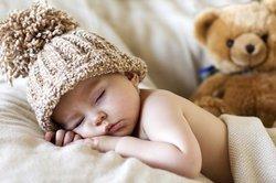 Baby, 7 Monate, schläft.