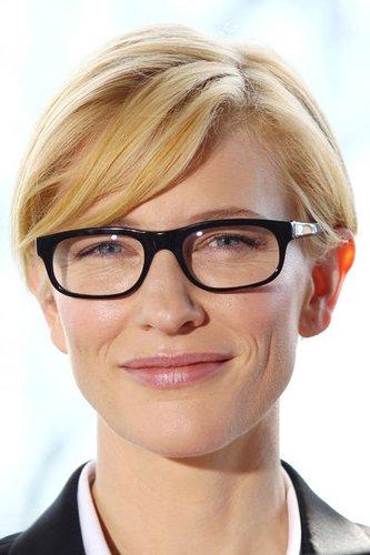 Schauspielerin Cate Blanchett mit Brille