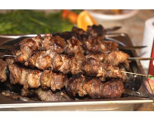 Fleischspieße vom Grill