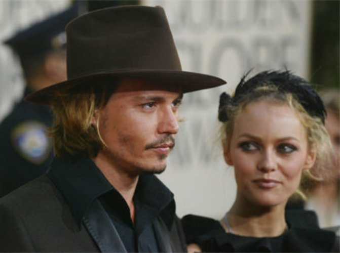 Johnny Depp und sein Liebste Vanessa Paradis bei einer Filmpremiere