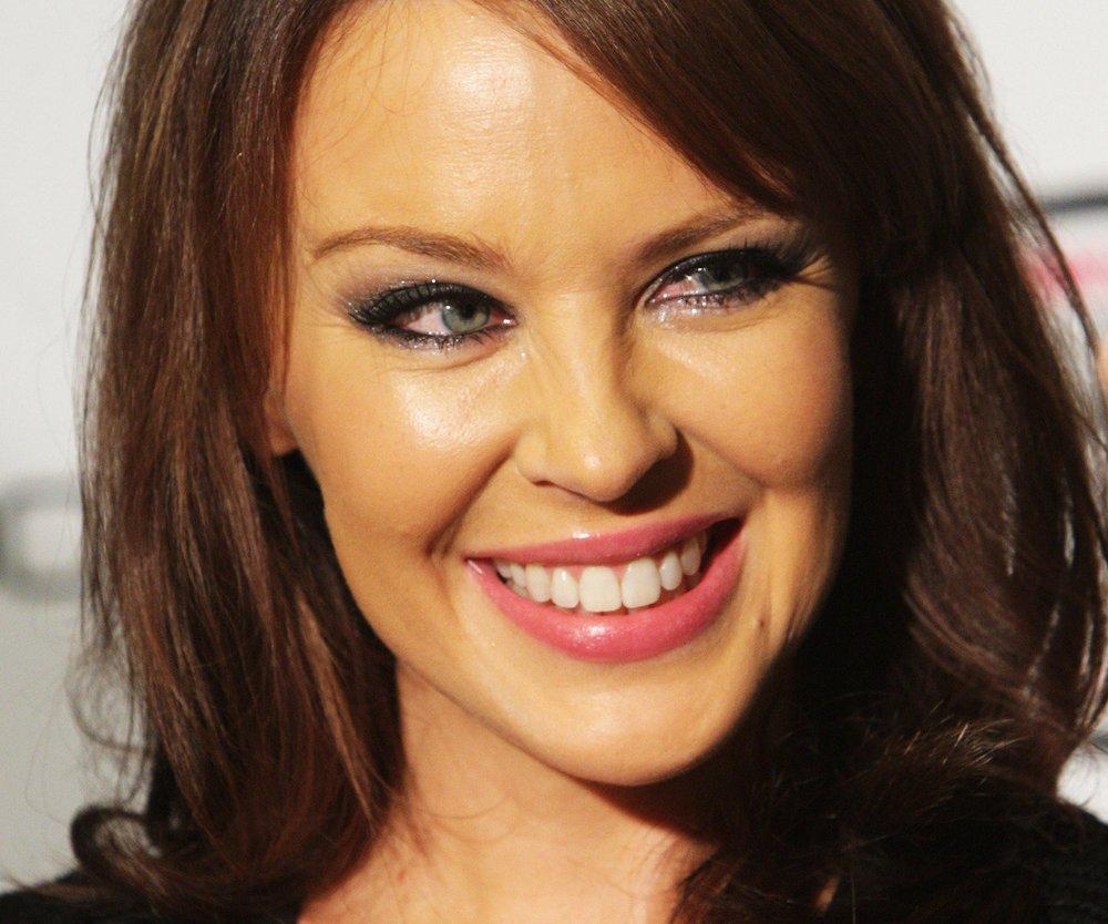Kylie Minogue schaltet Polizei ein