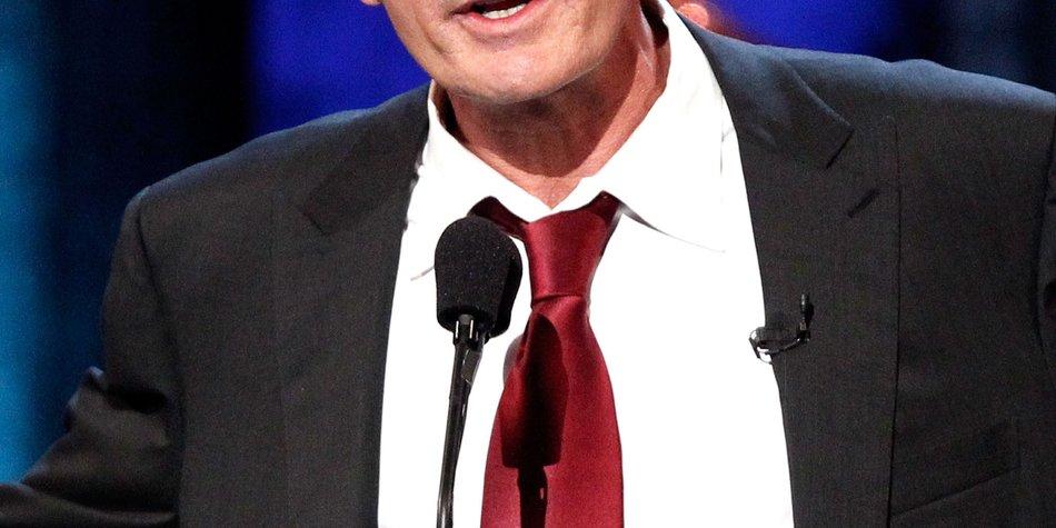Charlie Sheen: Die Hochzeit kann kommen!