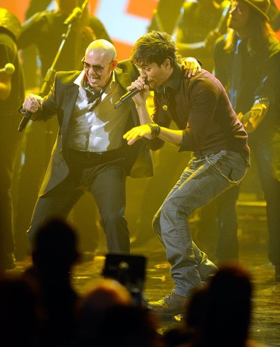 Pitbull mit Musikerkollege Enrique Iglesias