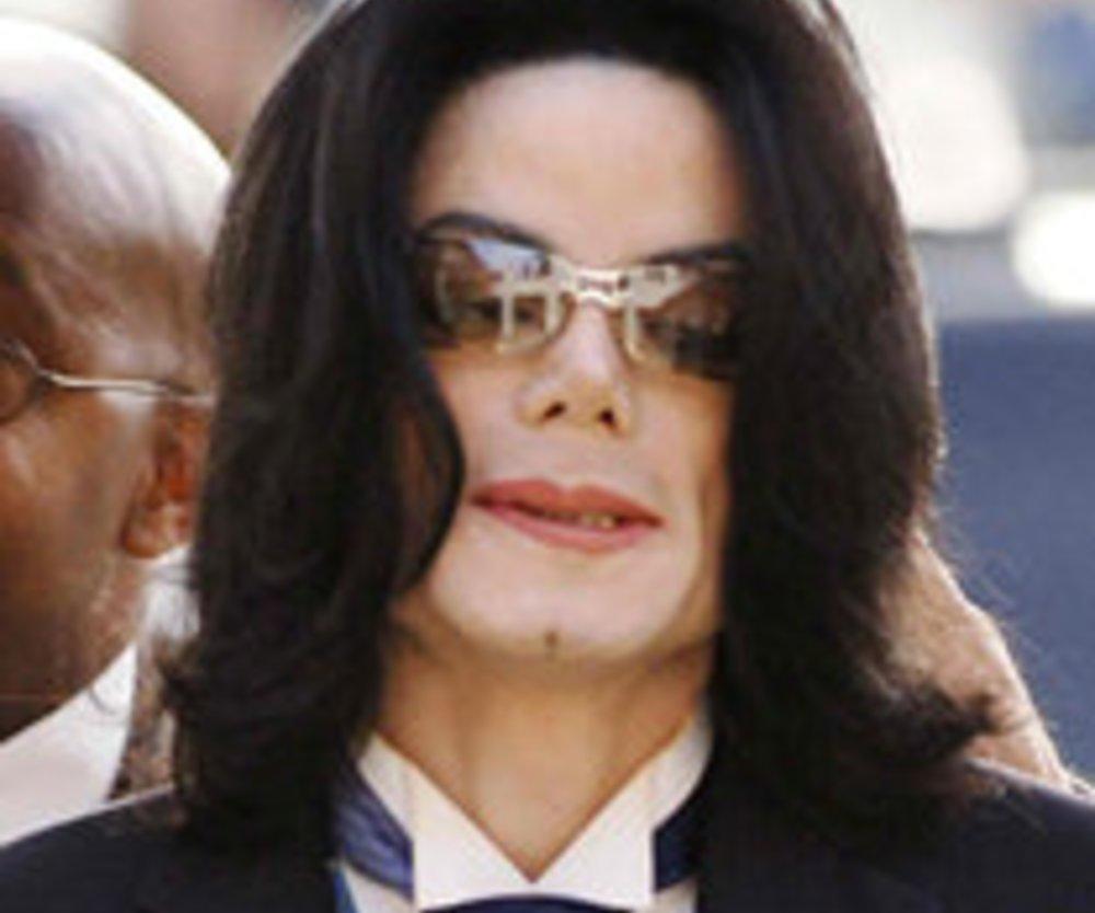 Michael Jackson: Handschuh für 330.000 US Dollar versteigert