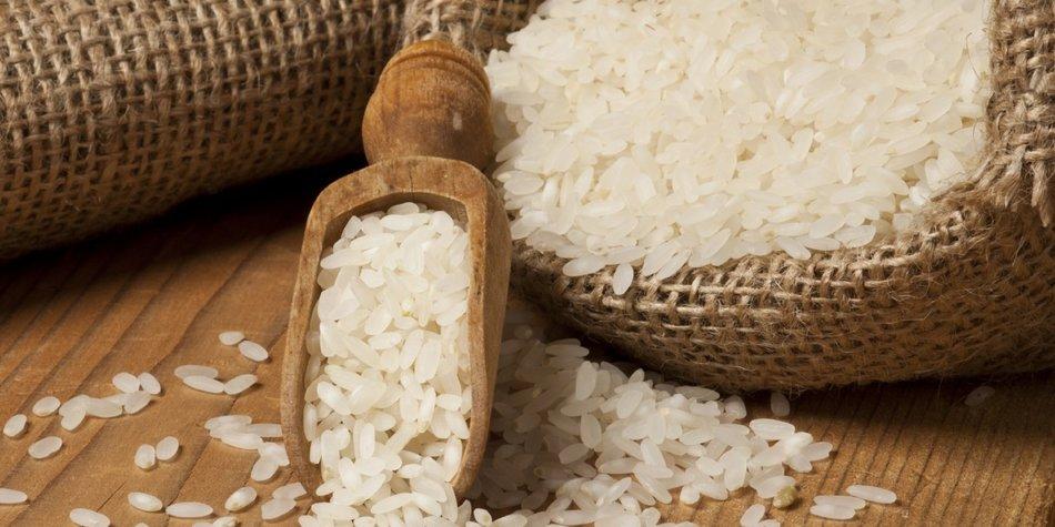 Ein Sack voll mit Reis