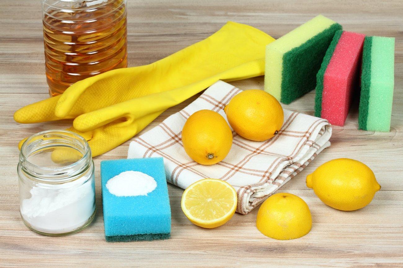 Backofen reinigen mit Essig, Zitrone, Salz und Backpulver