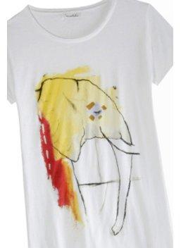 Print-Shirt von Des Artistes mit einem Kunst-Druck eines Elefanten