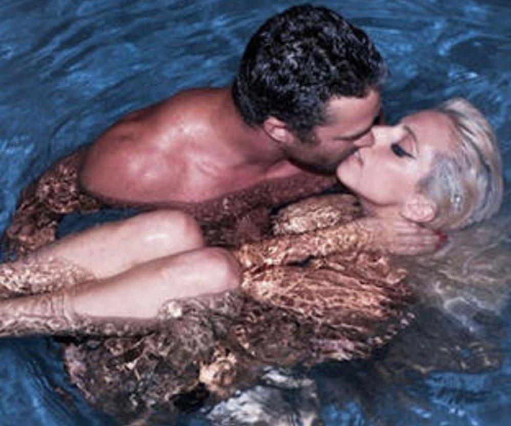Lady Gaga zeigt sich wieder freizügig