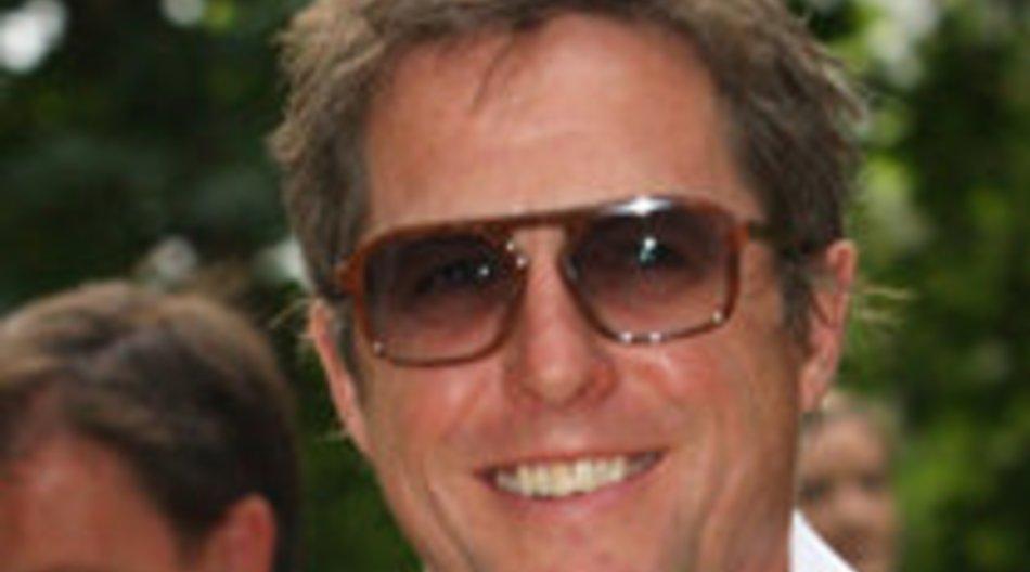 Hugh Grant feiert an der Uni