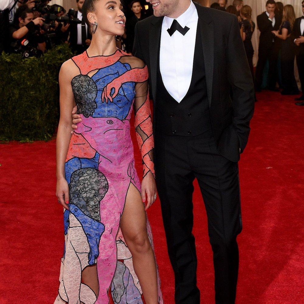 Robert Pattinson und FKA twigs verschieben Hochzeit