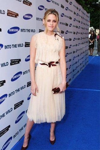 Into the Wild-Star Kristen Stewart