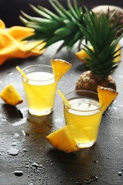 Ananaswasser zum Abnehmen