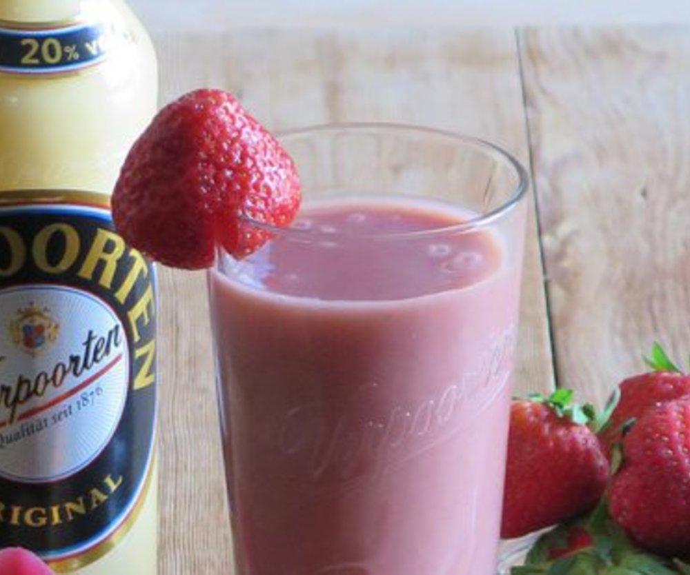 Erdbeer Rhabarber Smoothie