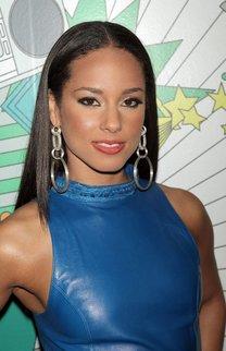 Alicia Keys im Sleek Look