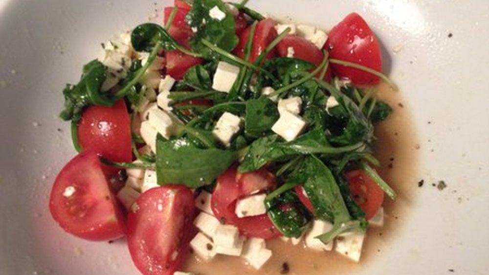 Tomatensalat mit Feta
