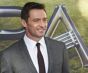 Australian actor Hugh Jackman poses for photographers as he arrives for the World Premiere of 'PAN' in London's Leicester Square on September 20, 2015. AFP PHOTO / NIKLAS HALLE'N (Photo credit should read NIKLAS HALLE'N/AFP/Getty Images)