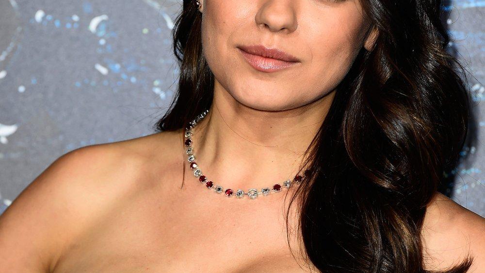Braucht Mila Kunis eine künstliche Befruchtung?