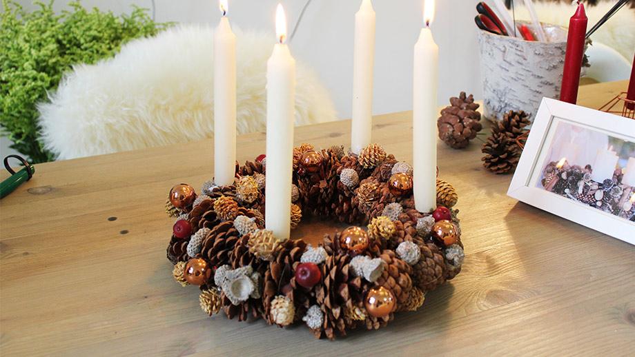 adventskranz frisch halten adventskranz selber basteln einfache anleitungen. Black Bedroom Furniture Sets. Home Design Ideas