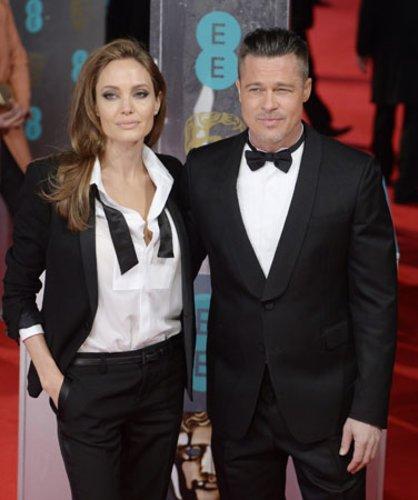 BAFTAS 2014: Angelina Jolie und Brad Pitt erschienen im Partnerlook.
