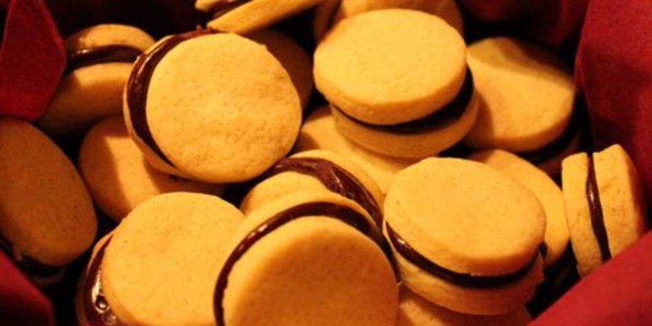 Doppeldeckerkese mit Kakaocreme